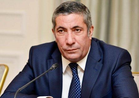 """Siyavuş Novruzov köhnə YAP-çıları """"vurdu"""": """"Prezidentə dedi ki, Ramiz Mehdiyev mətbuatda məndən yazdırır"""""""