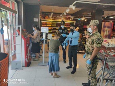 Bakıda marketlərdə polis postları yaradıldı, maskasız giriş qadağan edildi - FOTO