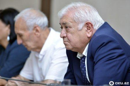 """Aqil Abbas: """"Səhiyyə Nazirliyi sanki süddən çıxmış ağ qaşıqdır"""""""